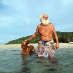 オーストラリアの無人島で20年生き抜いている男性の特集