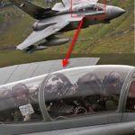 【衝撃写真】戦闘機のコクピットから緊急メッセージ!軍人の自己主張