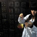 【中国の反応】中医学の国医になることを夢見ている21歳の女子大生