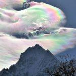 【自然】虹色に輝く雲。珍しい彩雲の写真を集めてみた。