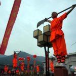 【中国】少林寺武術祭が開催され、7万人の少林寺拳法門下生が一斉に観客を出迎える
