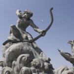 鏨歯:后羿により誅せられた神話時代に暴れまわった鋭い牙を持つ怪物